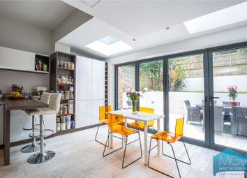 Thumbnail 6 bed detached house to rent in Woodland Rise, London