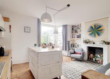 Thumbnail 1 bed flat for sale in Surrey Square, London