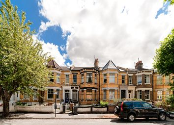 Thumbnail 1 bed maisonette to rent in Mildenhall Road, Clapton