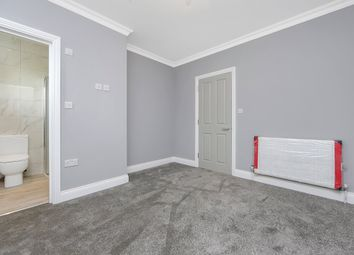 Thumbnail 2 bed flat to rent in Sneath Avenue, Golders Green, London