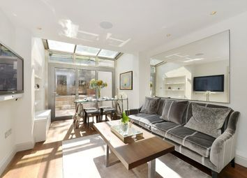 Thumbnail 1 bed flat to rent in South Eaton Place, Belgravia