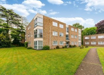 2 bed flat for sale in Warham Road