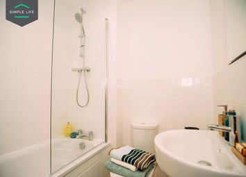 Thumbnail 4 bed property to rent in Broad Lanes, Bilston