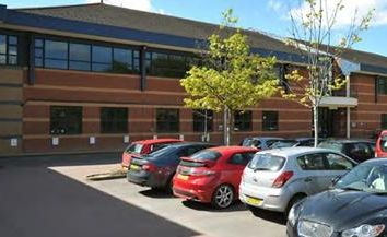 Thumbnail Office to let in Buildings A & B, Bartley Wood Business Park, Hook, Hampshire