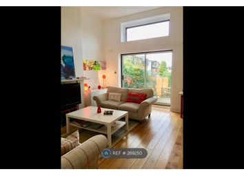 Thumbnail 2 bed flat to rent in Finchley Central, London