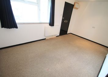 Thumbnail Studio to rent in Repton Close, Luton