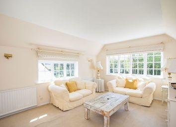Thumbnail 1 bedroom flat to rent in Cross Road, Sunningdale, Ascot