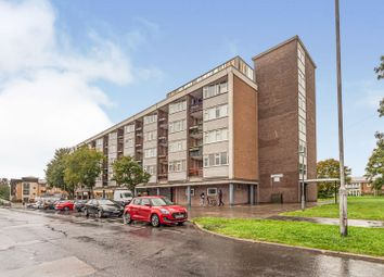 3 bed flat for sale in Middlefields Court, Letchworth Garden City SG6