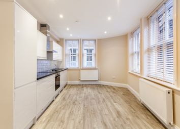 2 bed flat to rent in Hanway Street, London W1T