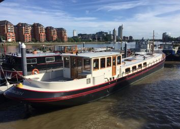 3 bed houseboat for sale in Plantation Wharf Pier Clove Hitch Quay, Battersea SW11