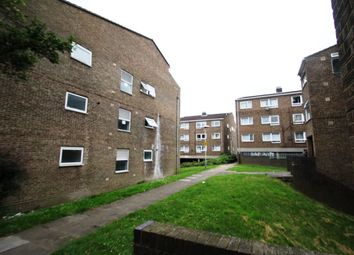 Thumbnail 1 bed flat to rent in Elizabeth Street, Luton