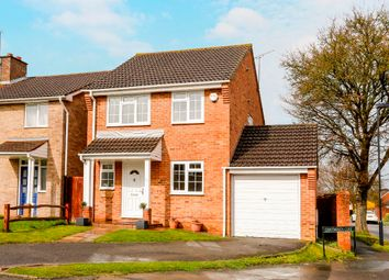 Thumbnail 3 bed detached house for sale in Chatsworth Close, Nr Wootton Way, Maidenhead, Berkshire