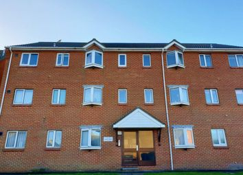 2 bed flat to rent in Benbow Avenue, Eastbourne BN23