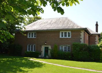 Thumbnail 2 bed flat to rent in Burnhams Field, Weston Turville, Buckinghamshire