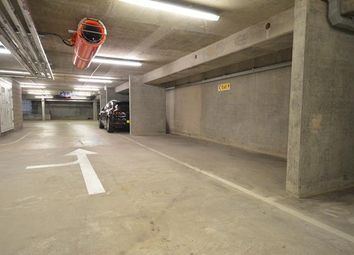 Thumbnail Parking/garage to rent in Simpson Loan, Edinburgh