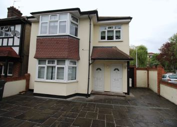 Thumbnail 3 bed flat to rent in Gracefield Gardens, Streatham, London