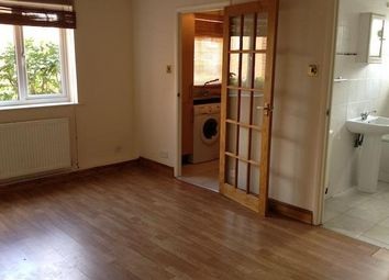 Thumbnail Studio to rent in Cambridge Gardens, Colney Hatch Lane, Muswell Hill