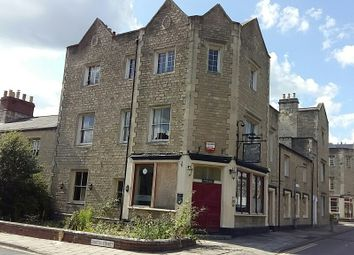 Thumbnail Pub/bar for sale in Emlyn Square, Swindon