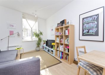 Thumbnail 1 bedroom flat to rent in Northwold Road, Clapton
