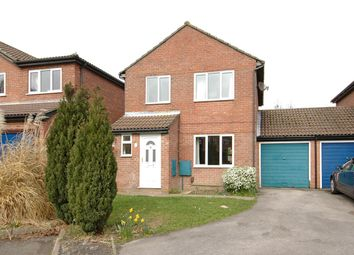 Thumbnail 3 bed link-detached house to rent in Larcombe Road, Petersfield