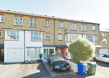 Thumbnail 6 bed terraced house to rent in Keats Close, London Bridge