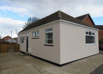 Thumbnail 2 bed detached bungalow for sale in Bridge Road, Sutton Bridge, Spalding