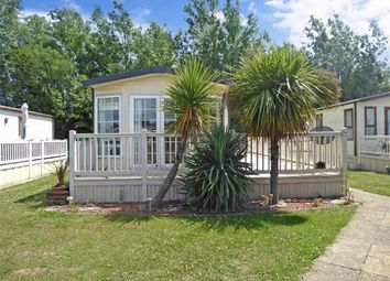 2 bed mobile/park home for sale in Preston Road, Manston, Ramsgate, Kent CT12