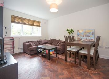 Thumbnail 2 bed flat to rent in Clarence Avenue, Clapham
