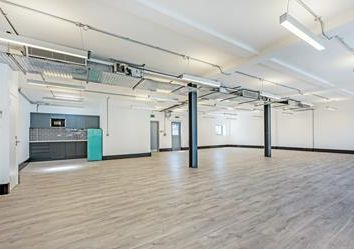 Office to let in 90-94 Great Suffolk Street, London SE1