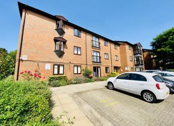 Thumbnail Flat for sale in Regal Court, Bancroft, Hitchin, Herts