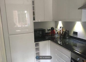 1 bed flat to rent in Masefield Gardens, Crowthorne RG45