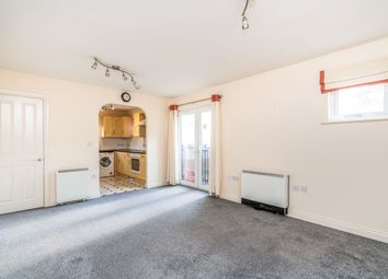 2 bed property to rent in Carpathia Drive, Southampton SO14