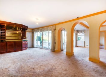 Thumbnail 6 bed property to rent in The Gallop, Sutton