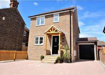 Thumbnail 3 bed detached house for sale in Mount Pleasant, Tonbridge