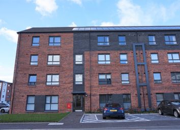 Thumbnail 2 bedroom flat for sale in 7 Redshank Way, Renfrew
