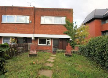 4 bed town house to rent in Grey Fell Close, Stanmore, Middlesex HA7