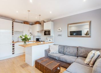 Thumbnail 2 bed flat for sale in Melbourne Grove, London