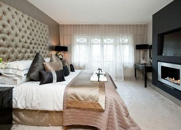 Thumbnail 3 bedroom flat to rent in St. Edmunds Terrace, London