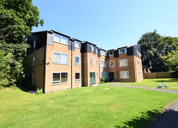 Thumbnail 2 bed flat to rent in Rectory Close, Bracknell, Berkshire