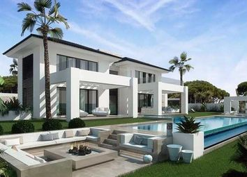 Thumbnail 5 bed villa for sale in La Quinta, Benahavis, Costa Del Sol