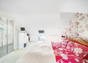 2 bed maisonette to rent in Brook Road South, Brentford, Middlesex TW8