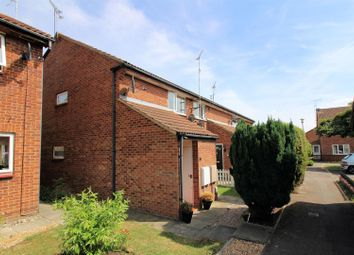 Thumbnail 2 bed maisonette to rent in Aspen Close, Aylesbury