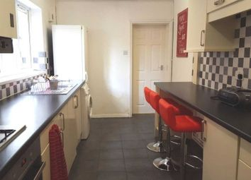 Thumbnail 5 bedroom property to rent in Liverpool Road, Earley, Reading