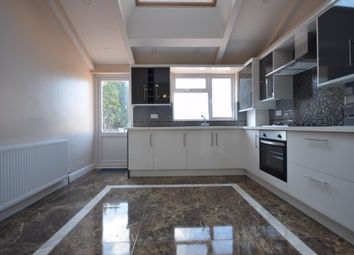 3 bed flat to rent in Copers Cope Road, Beckenham BR3