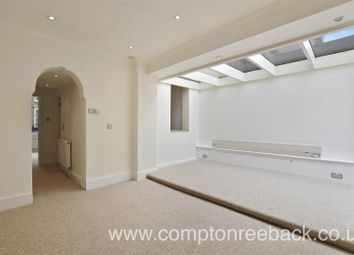 2 bed maisonette to rent in St John's Wood High Street, St John's Wood NW8