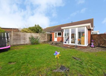 2 bed bungalow for sale in Warner Crescent, Didcot OX11