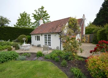Thumbnail 4 bed cottage to rent in Chequers Green, Lymington, Hampshire