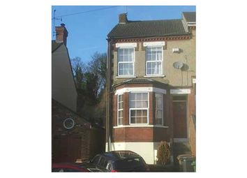 Thumbnail 3 bedroom terraced house to rent in Kingston Road, Luton