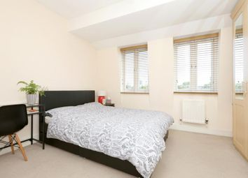 Room to rent in Franklin Place, Greenwich, London SE13