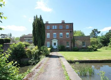Thumbnail 3 bed flat for sale in Vicarage Road, Yalding, Maidstone